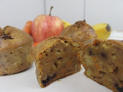 Apfel-Karotten-Muffins, Baby led weaning Rezept für Baby-Snack von Babyspeck & Brokkoli auf babyspeck.at