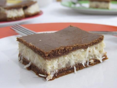 Kokos-Grießschnitte, Kleinkindrezept, BLW Kuchenrezept, Snack, für unterwegs, Süßes ohne Zucker, baby led weaning