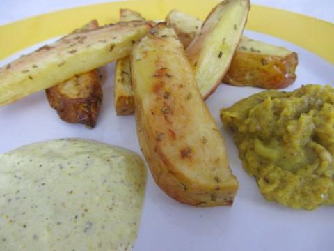 Babyrezept für BLW-Anfänger Rosmarin-Ofenkartoffeln auf babysepck.at, in 30 Minuten fertig