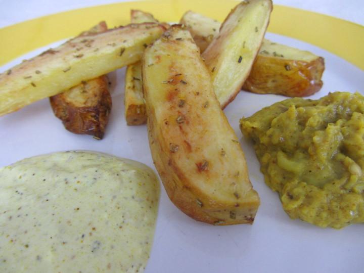 Babyrezept für BLW-Anfänger Rosmarin-Bratkartoffeln auf babysepck.at, in 30 Minuten fertig