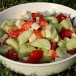 Tomate, Gurke und Mozzarella auf babyspeck.at