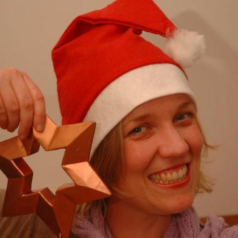 Geschichte Weihnachtenfeiern am 17. Dezember im Adventkalender von Babyspeck & Brokkoli auf babyspeck.at. Gastbeitrag von Mama und die Matschhose.