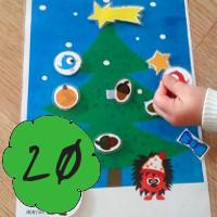 Bastelanleitung für DIY Weihnachtsbaum mit Klettverschluss-Weihnachtsschmuck am 20. Dezember im Adventkalender von Babyspeck & Brokkoli auf babyspeck.at, Gastbeitrag von Monstamoons. Beitragsbild
