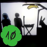 Bastelanleitung für DIY Weihnachtsgeschichte als Schattentheater am 10. Dezember im Adventkalender von Babyspeck & Brokkoli auf babyspeck.at. Bild von Maria, Josef, der Krippe im Stall mit dem Esel. Beitragsbild