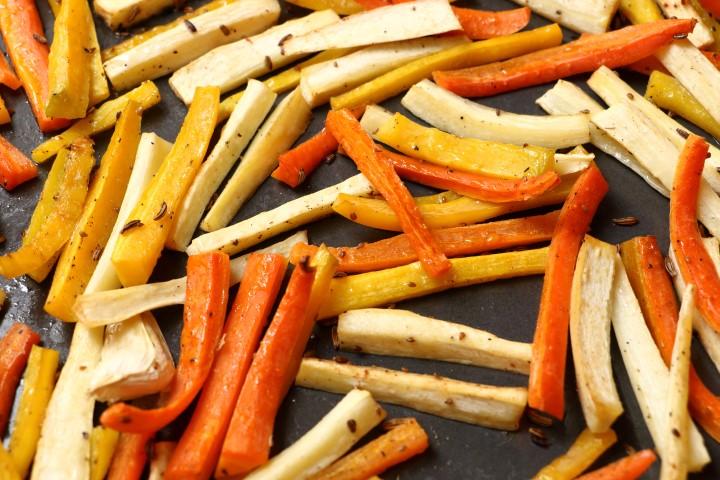 Babyrezept für Winterliches Ofengemüse auf babyspeck.at, Karotten, Pastinaken und gelbe Rüben mit Fenchel und Anis für BLW-Anfänger ab 6 Monaten