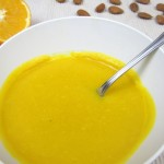 BLW Suppenrezept Kürbissuppe mit Orange und Mandeln von babyspeck.at