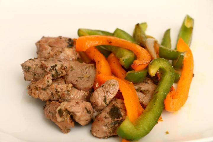 kräuterfleisch mit paprika (Andere)