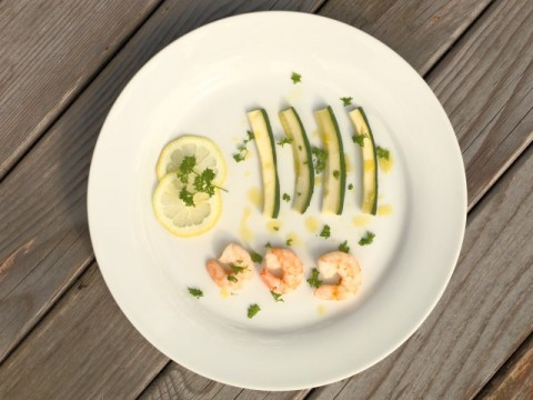 gedünstete Zucchini und Shrimps (babyspeck.at)