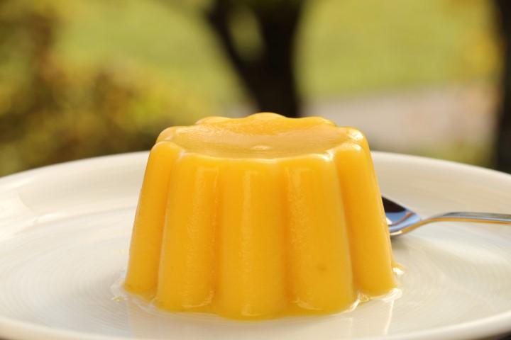 Mango-Kokospudding ohne Zucker mit frischer Mango, Reismilch und Kokosmilch, Baby led weaning